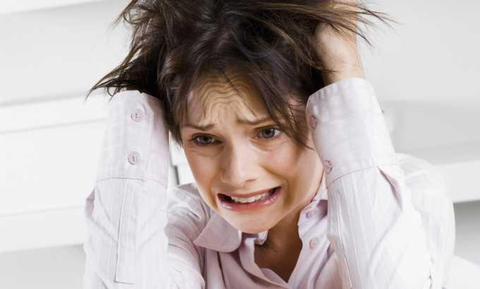Сильный стресс - причина развитая герпеса на десне